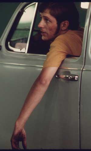 Vintage-man-Volkswagon-Beetle-wrist