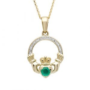 14K Yellow Gold Claddagh Pendant Set With Emerald And Diamond 14P672