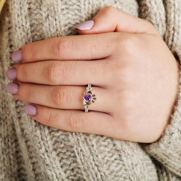 Claddagh Birthstone Ring June: Alexandrite