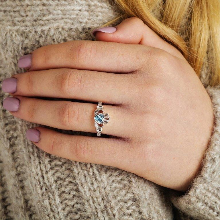 Gold 14K Claddagh December Birthstone Ring