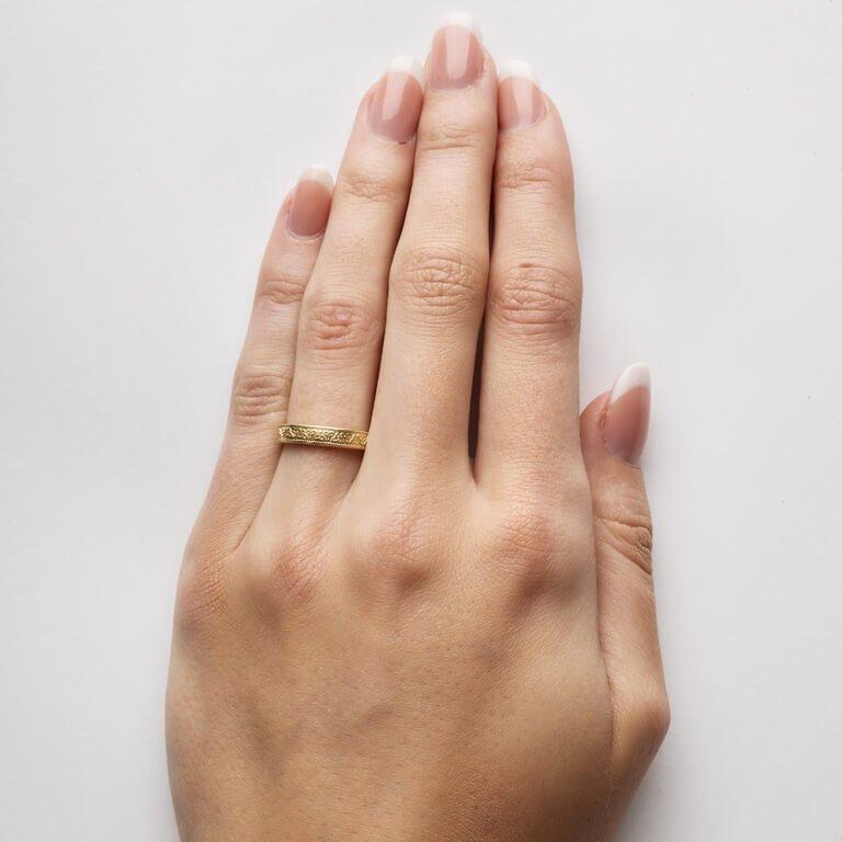 Celtic Trinity Knot 14K Yellow Gold Wedding Ring Br3_2