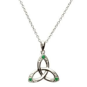 Celtic Trinity Knot Necklace Set With Emerald And Diamond Sp2027