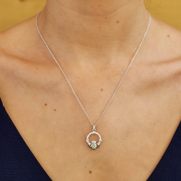 Claddagh Birthstone August Pendant Adorned With Crystal Sw101Pt_2