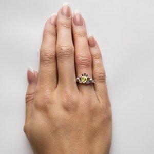 Claddagh Birthstone Ring August Sl90P_3