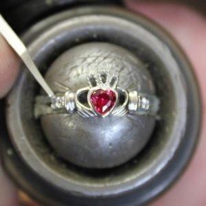 Claddagh Birthstone Ring July Sl90Rb_2