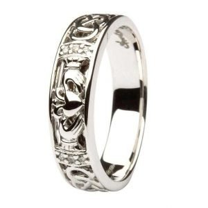 Claddagh Diamond Set Ladies Wedding Ring With Celtic Knot Work 14Ic3W