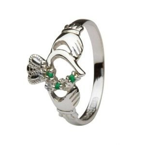 Emerald And Diamond Part Set Gold Claddagh Ring 14L75Wed