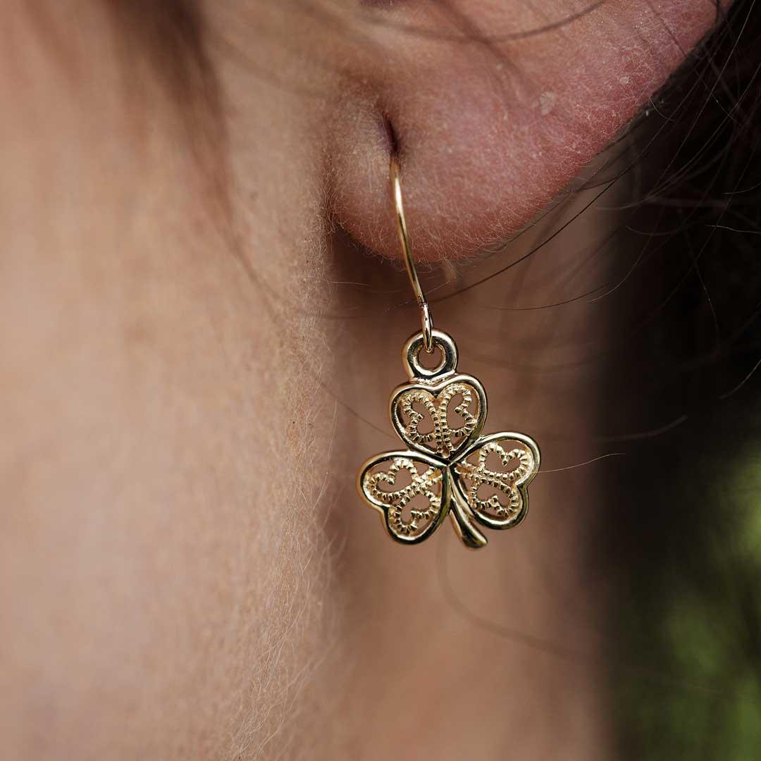 Gold 10K Shamrock Filigree Earrings 10E638_2