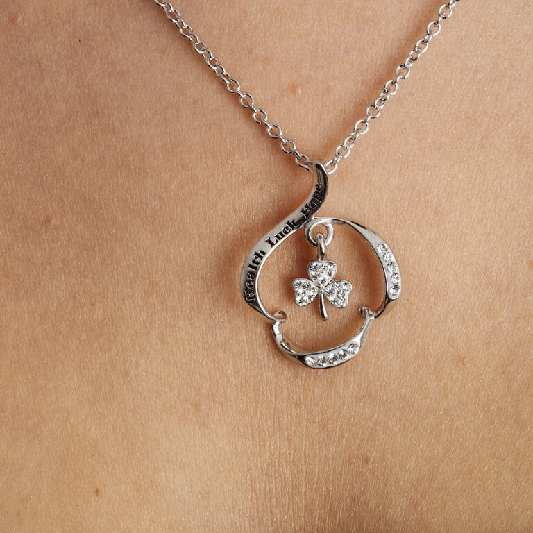 Health Luck Hope Silver Shamrock Pendant Encrusted With Crystal Sw89_2