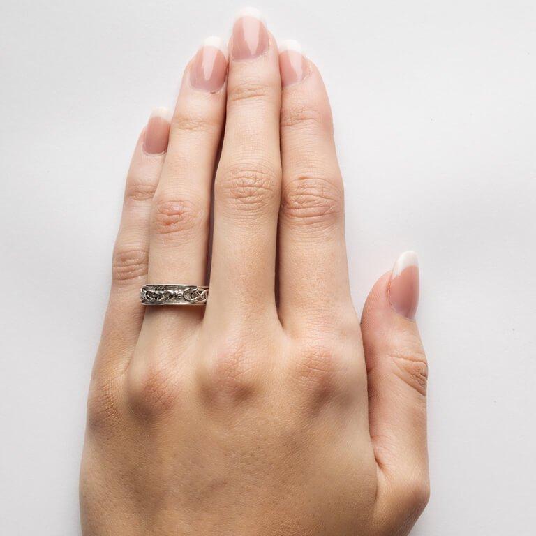 Ladies Silver Claddagh Celtic Wedding Ring Sd8_2