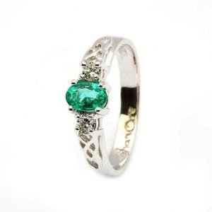 Oval Emerald And Diamond Celtic Trinity 14K White Gold 3 Stone 14Rc3St Wed Oval