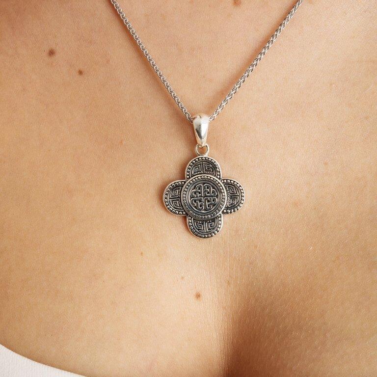 Silver Celtic Tribal Knot Necklace Large Size Sp2213_2