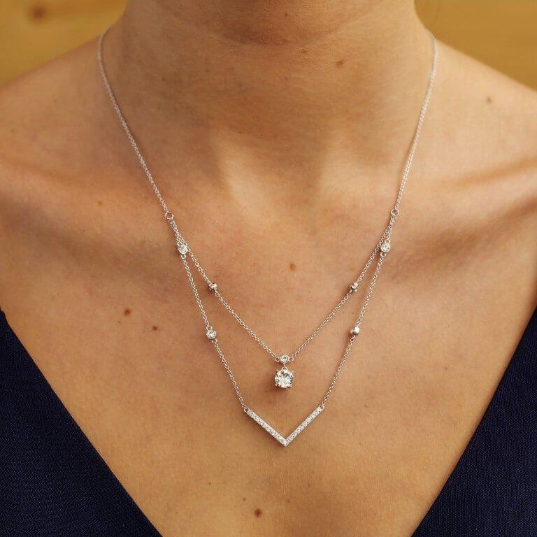 Silver Elegant Necklace Pendant Embellished With White Swarovski Crystal St28_2