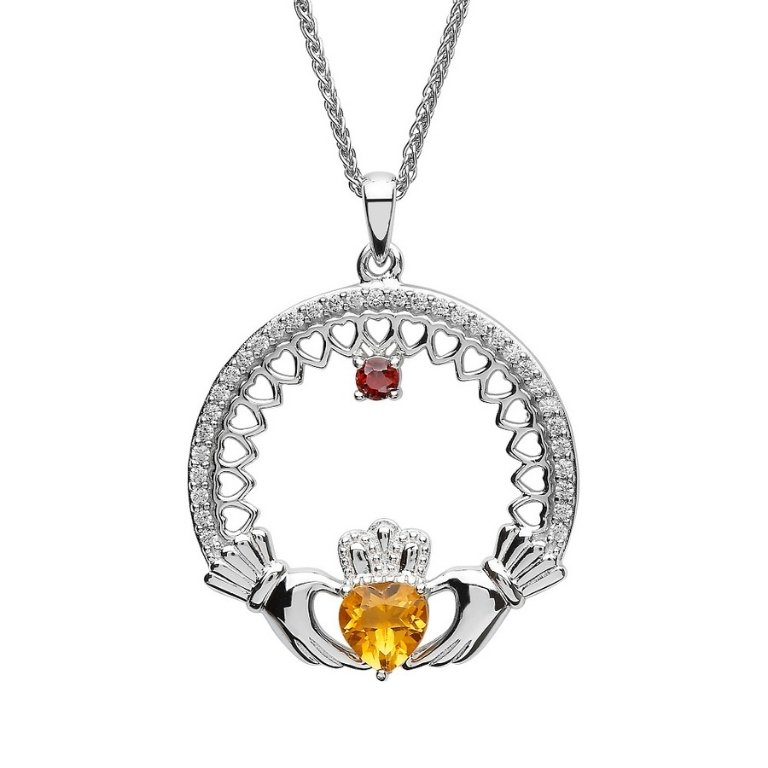 single stone family claddagh pendant