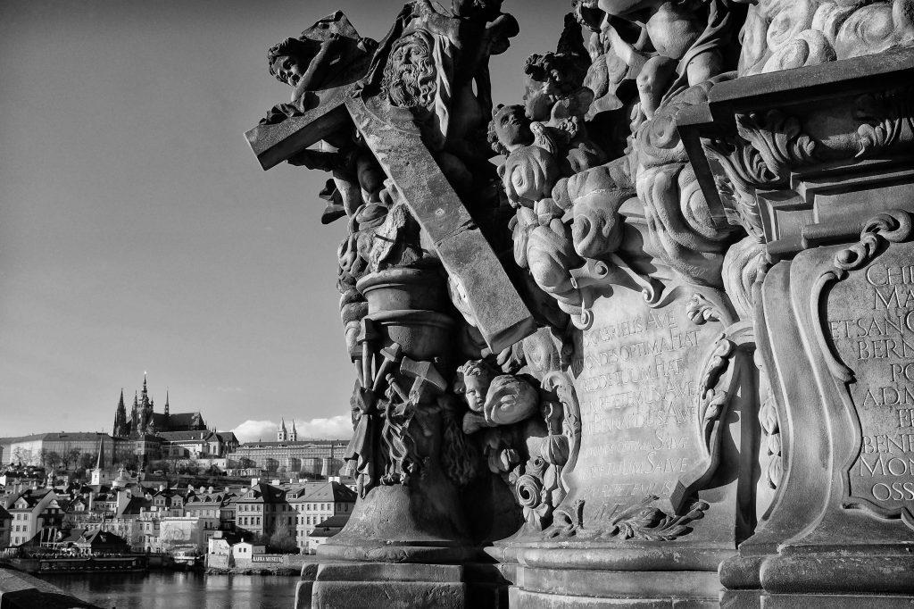 prague_bridge_statue (1)